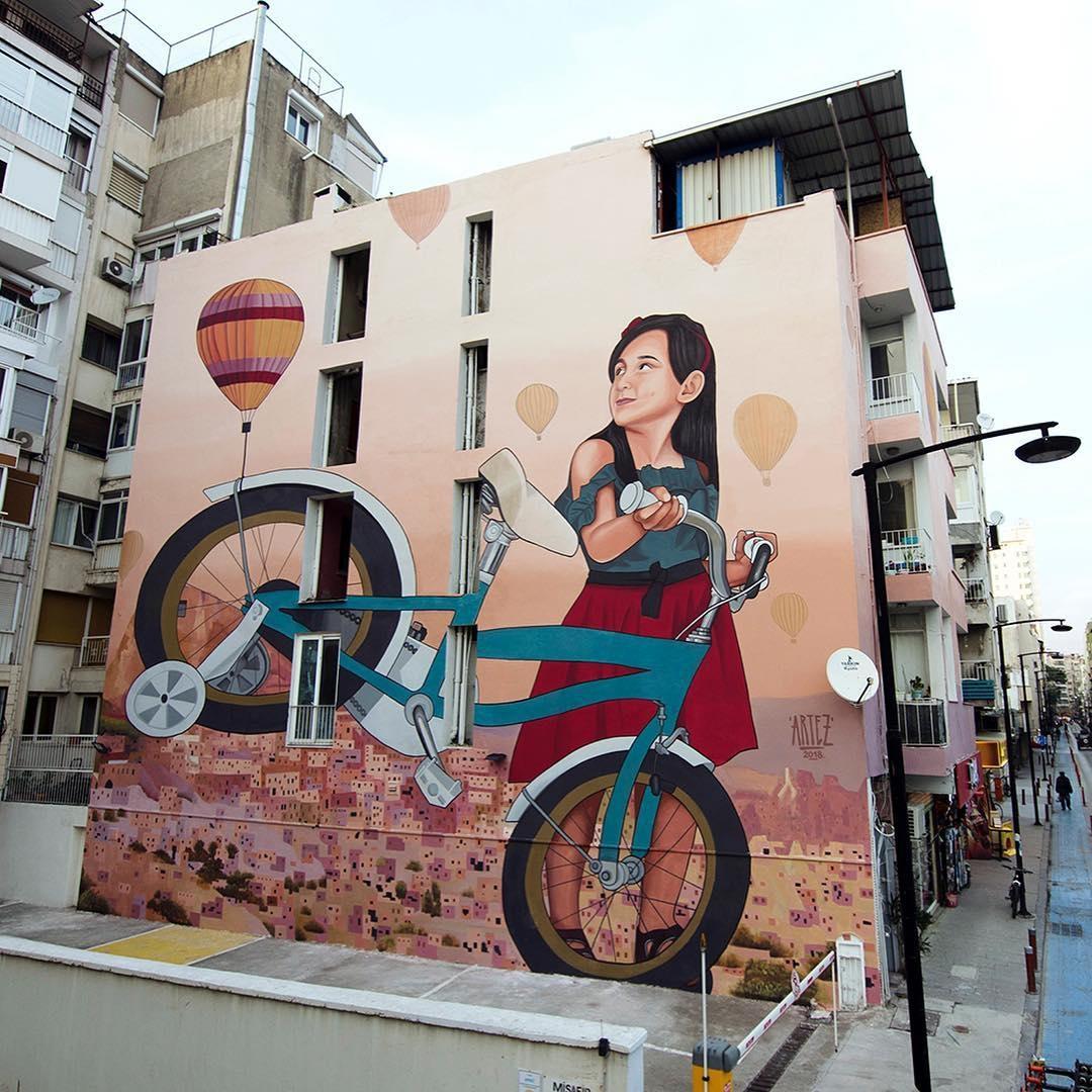 Streetart Flash – Artez @ Izmir, Turkey