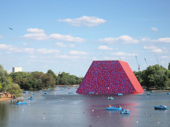 Christo and Jeanne-Claude, The London Mastaba, London
