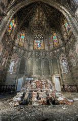 Altare di una chiesa abbandonata - Francia, St Etienne