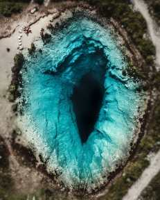 Blue hole, in Croazia