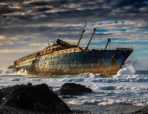 L'SS America, abbandonata a Fuerteventura, Isole Canarie, distrutta nel 1994