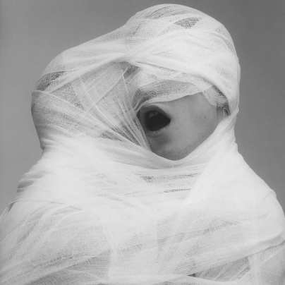 Robert Mapplethorpe, Coreografia per una mostra (Choreography for an Exhibition) From 14.12.18 to 08.04.19 @ Museo Madre, Napoli