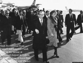 16 gennaio 1979 - Shah Mohammad Reza Pahlavi fugge dall'Iran per rifugiarsi in Egitto durante la Rivoluzione iraniana