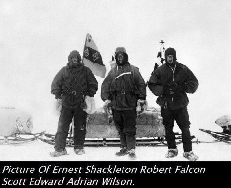 Ernest Shackleton con la sua spedizione al Polo sud il 16 gennaio 1909.