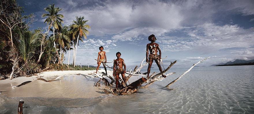 Lava Island Ni Vanuatu Men Rah, Provincia di Torba, Isole Vanuatu. Fotografia di Jimmy Nelson