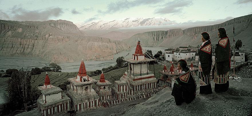 Villaggio Angge, Mustang, Nepal. Fotografia di Jimmy Nelson