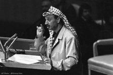 4 febbraio 1969, Yasser Arafat assume la presidenza dell'OLP