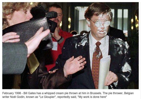 4 febbraio 1998 - Torta in faccia a Bill Gates a Bruxelles