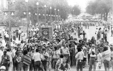 I nativi americani camminano da San Francisco a Washington D.C. per i diritti civili degli Stati Uniti, 1978