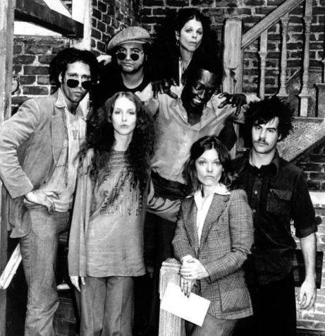 Il cast originale del Saturday Night Live, 1975