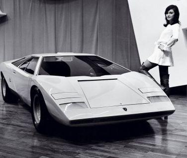 1971 - Il leggendario prototipo Lamborghini Countach svelato al Salone di Ginevra