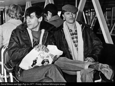 1977, Iggy Pop e David Bowie hanno dato il via alla tappa nordamericana di The Idiot World Tour al Plateau Theatre di Montreal, in Canada, con Blondie come atto di apertura