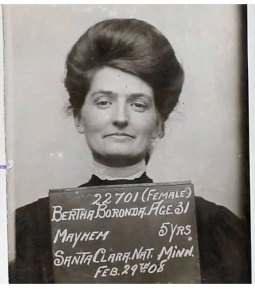 Bertha Boronda, arrestata per aver tagliato il pene di suo marito con un rasoio nel 1907