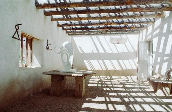 Georgia O'Keeffe @ Abiquiú, New Mexico, USA. Photograph by Herb Lotz, 2007. ©Georgia O'Keeffe Museum