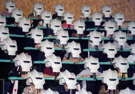Presentazione della realtà virtuale al Motor Show di Tokyo. Fotografia di Chris Steele-Perkins, 1999