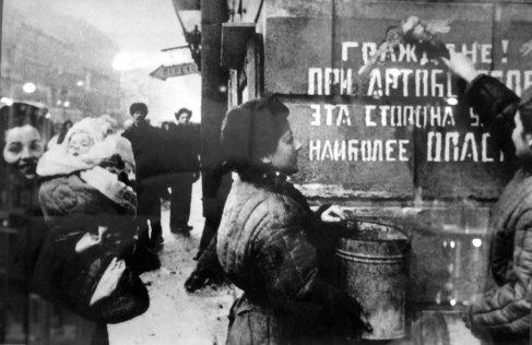 27 gennaio 1944 - Viene tolto l'assedio di 900 giorni di Leningrado