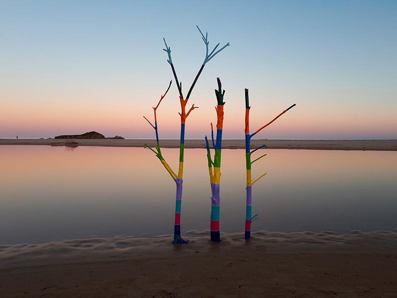 Il silenzio sogna a colori [#Laguna] – Installazione di Barbara Picci