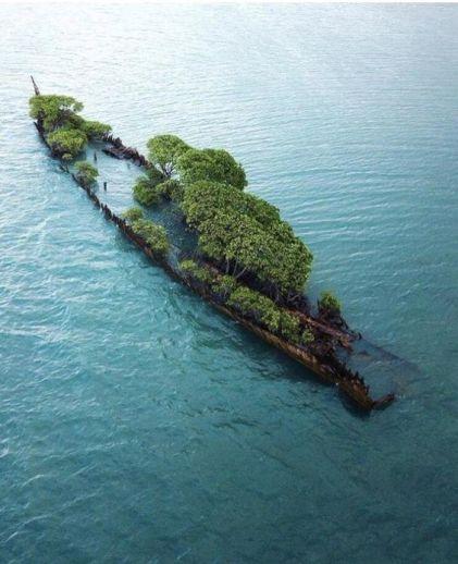 Nave abbandonata in Australia