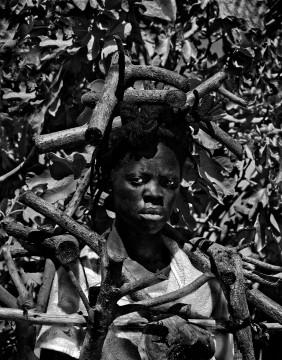 """Zithulele, Worcester, South Africa"" (2016), © Zanele Muholi, courtesy of Stevenson Gallery, Cape Town/Johannesburg, and Yancey Richardson Gallery, New York"