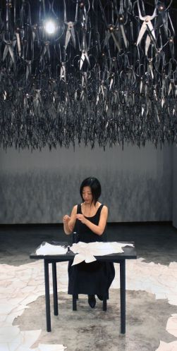 Beili Liu, performance, The mending project