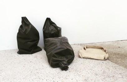 Untitled (2018): scultura in marmo di Andreas Lolis