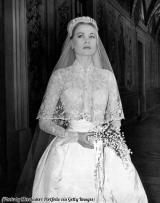 Grace Kelly nel suo abito da sposa