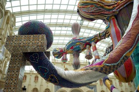 Installation view: Joana Vasconcelos: Valkyrie Octopus at MGM MACAU, 2015. The work Madragoa is pictured on the left. Credit: Luis Vasconcelos