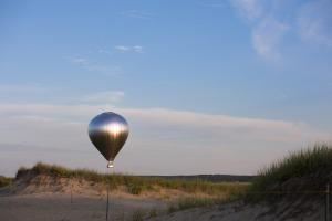 New Horizon by Doug Aitken