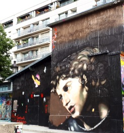 Street art by Andrea Ravo Mattoni @ Quai de la Loire