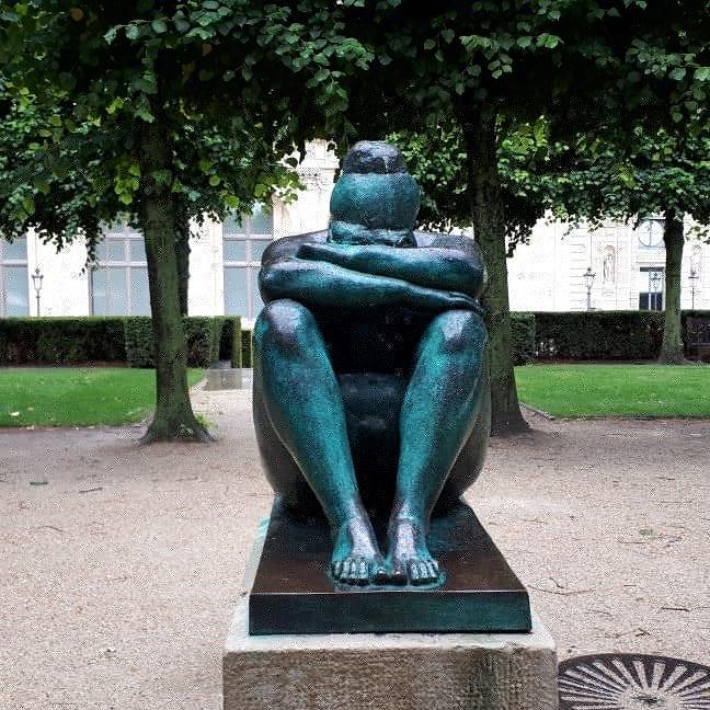 Sculpture @ gardens near Musee Du Louvre, Paris