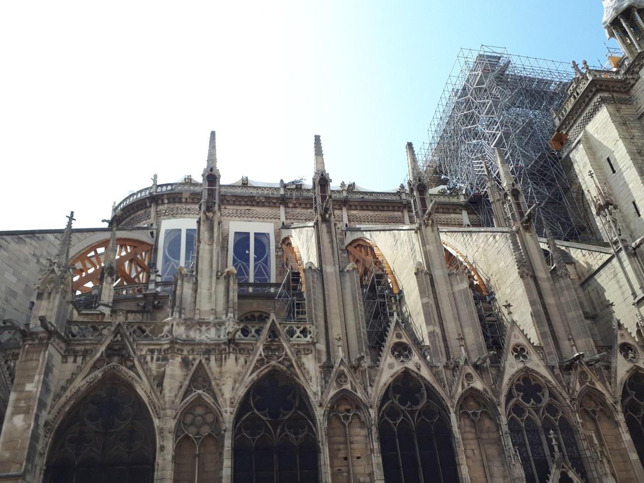 Cattedrale di Notre Dame dopo l'incendio