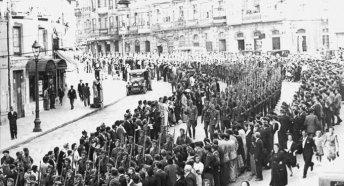 28 marzo 1939 - la guerra civile spagnola termina quando Franco entra a Madrid dopo tre anni di insurrezione che hanno ucciso 500.000 persone