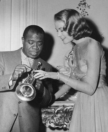 Grace Kelly e Louis Armstrong sul set di High Society, 1956