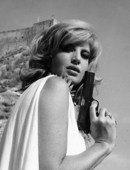 Monica Vitti nei panni di Modesty Blaise, 1966