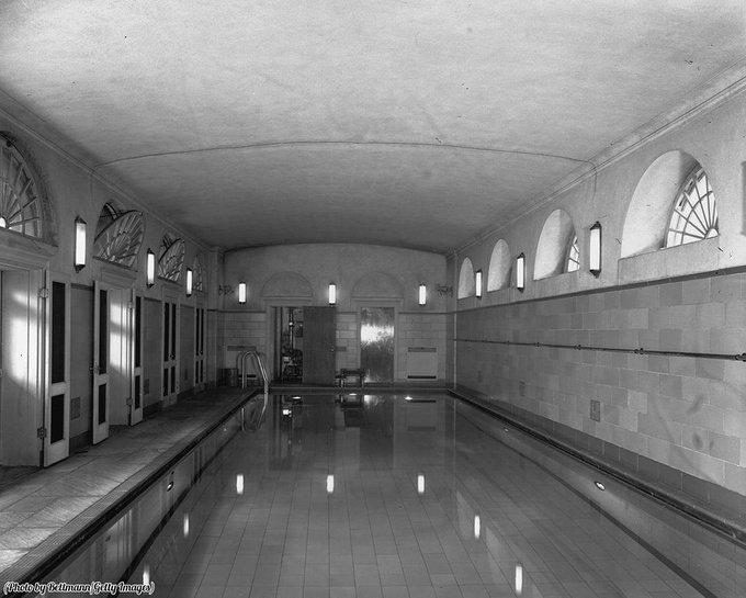 Sotto la sala riunioni della Casa Bianca, quando era una piscina, 1946