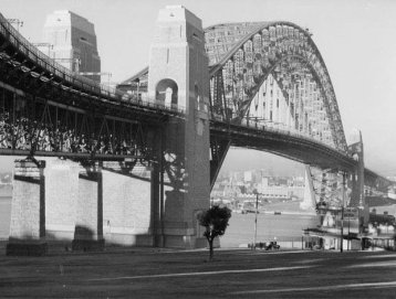 Sydney Harbour Bridge, 1932