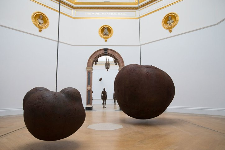 Antony Gormley, Body and Fruit, 1991/93. Installation view, 'Antony Gormley', Royal Academy of Arts, London, 21 September to 3 December 2019.