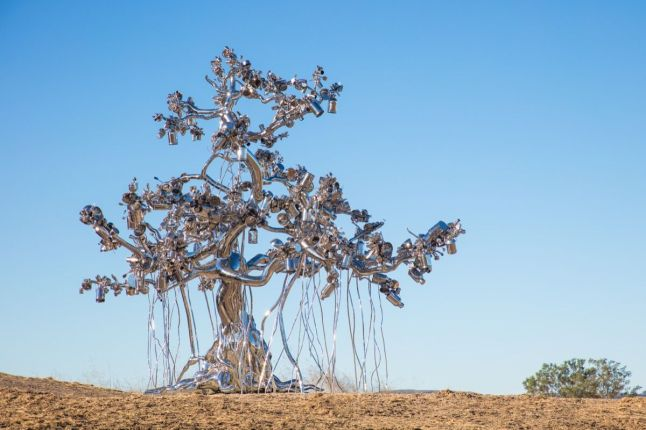 The Donum Estate - Subodh Gupta, People Tree, 2017. Courtesy of the Donum Estate