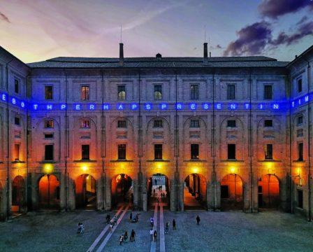 Maurizio Nannucci, TIME, PAST, PRESENT AND FUTURE, 2019, courtesy Caomplesso Monumentale della Pilotta, realizzata grazie al sostegno dell'Italian Council (2018), ph Maria Placanin