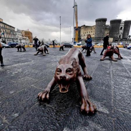 """""""Wolves Coming"""" by Liu Ruowang @ Napoli"""