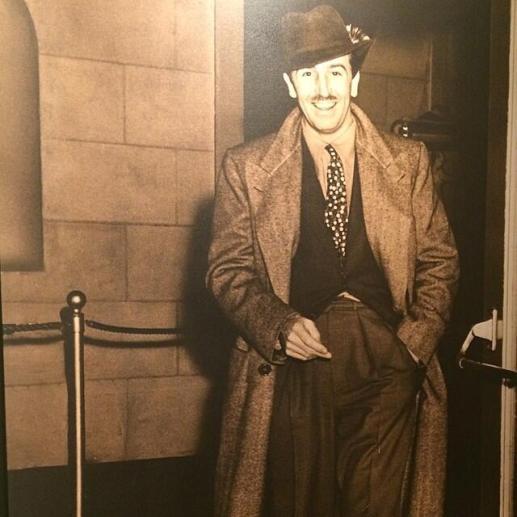 A Disneyland, tutte le foto di Walt Disney hanno le sigarette photoshopate