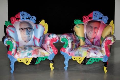 Alessandro Mendini, Senza titolo (poltrona-ritratto di Giuliano Gori dalla serie Proust), 2012, poltrona di legno dipinto con imbottitura serigrafata, 106x102x83, Collezione Gori-Fattoria di Celle (Pistoia)