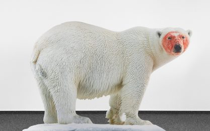 Katja Novitskova, Approximation (polar bear) 2017, digital print on aluminum, cutout display, acrylic glass, 148x226x38 cm. Collezione Sandretto Re Rebaudengo