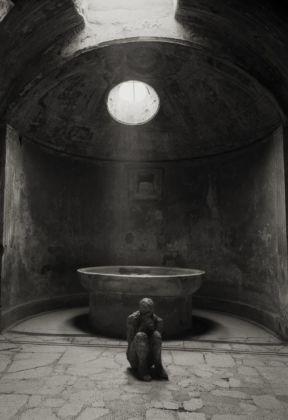Kenro Izu, Terme del Foro, Pompei, 2016. Courtesy Fondazione Modena Arti Visive