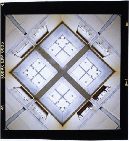 Louis Kahn, Yale University Art Gallery, New Haven, Connecticut Photo: Roberto Schezen, 2001 circa Courtesy: Fondazione MAXXI