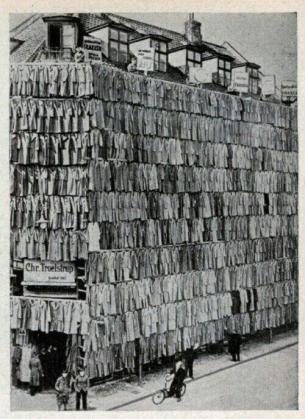 Negozio di cappotti a Copenaghen, Denk nel 1936
