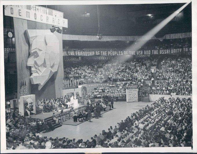 Partito comunista USA riunito a Chicago, 1939