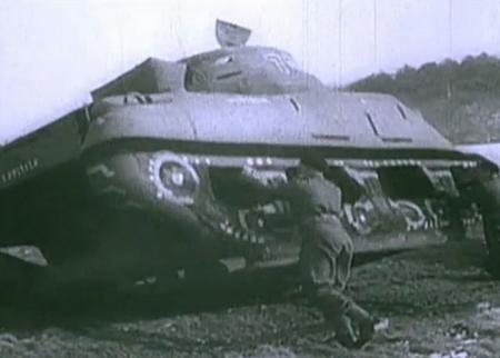 Prima che le truppe alleate invadessero la Normandia, fu usato un esercito di carri armati gonfiabili per ingannare Hitler