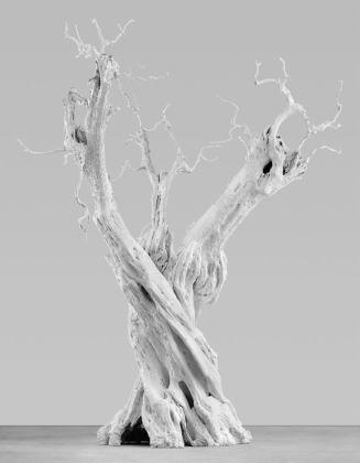 Ugo Rondinone Wind Moon, 2011 Cast aluminum, white enamel 520 × 600 × 460 cm © the artist 2020 Courtesy Studio Rondinone. Photo by Stefan Altenburger