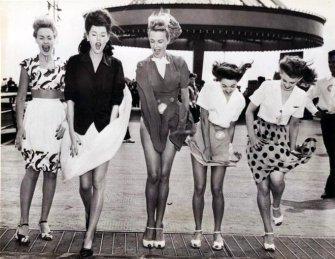 Contrattempo della gonna, anni '40